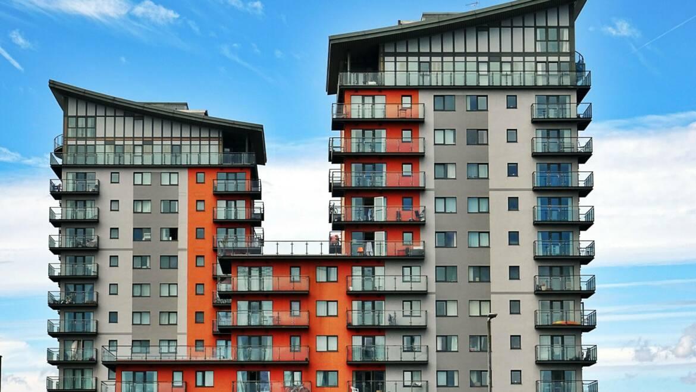 Apartament versus mieszkanie